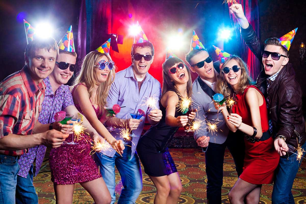 The 5 Most Important Things that are Required for Throwing a Great New Year's Party