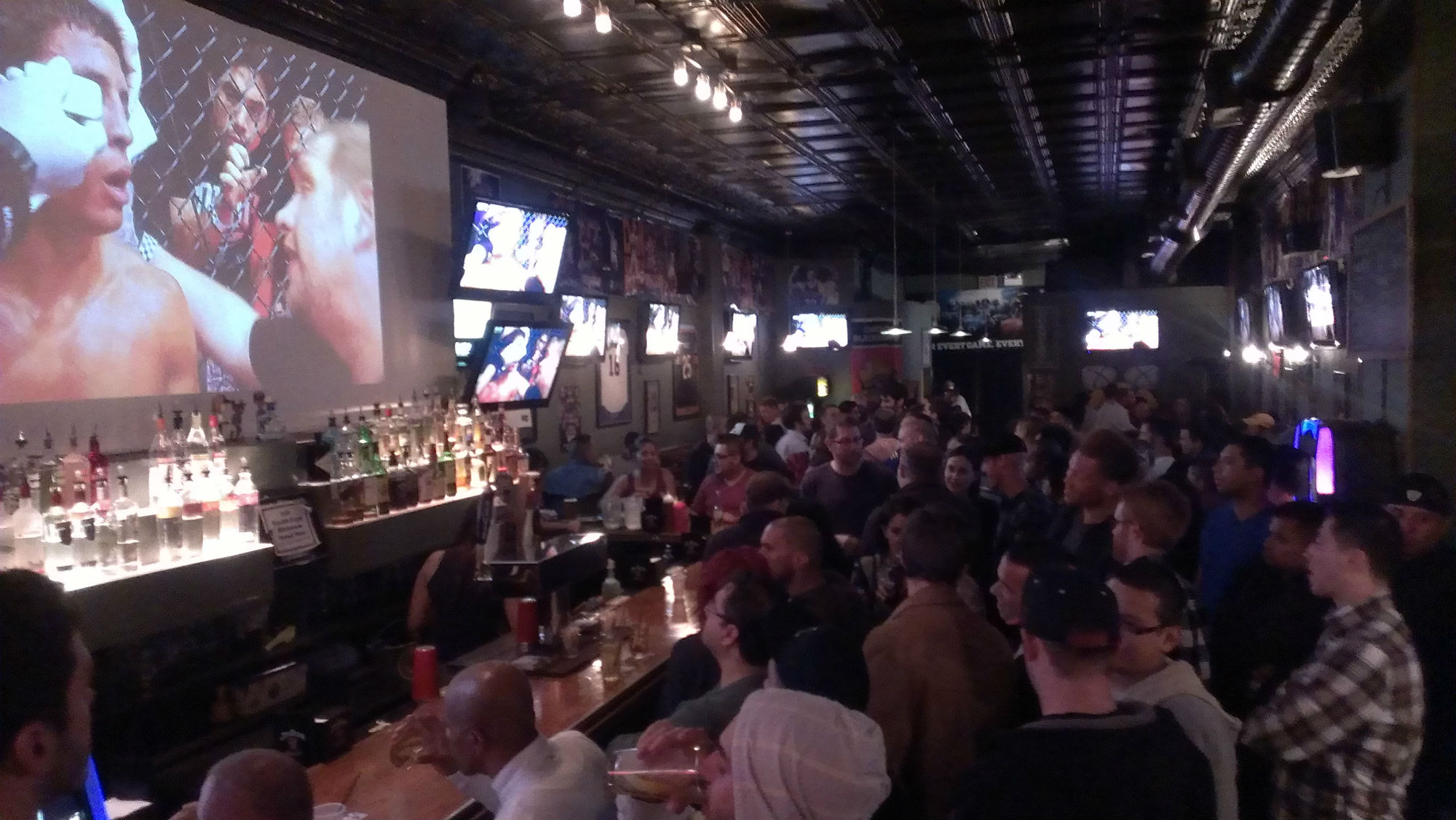 Top 5 Sports Bars In Chicago